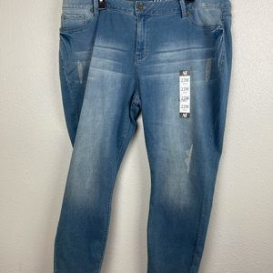 NWT A&I Women's Flawless Fit Jeans Size 22W